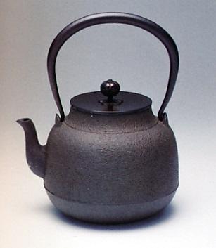 茶器・茶道具■ 鉄瓶 真形 ■佐藤清光作 鋳鉄製【高岡銅器】