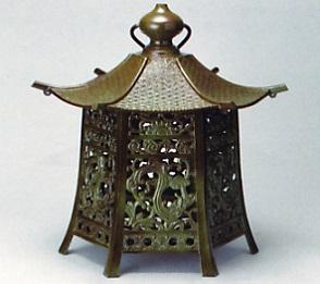 庭園置物■ 吊燈籠 六角 特大 ■青銅(ブロンズ)製【高岡銅器】