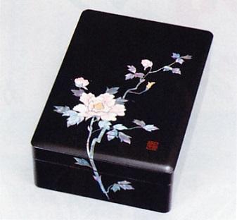 文具 置物■ 文庫 牡丹 ■木製 螺鈿(らでん)紙箱入【高岡漆器】