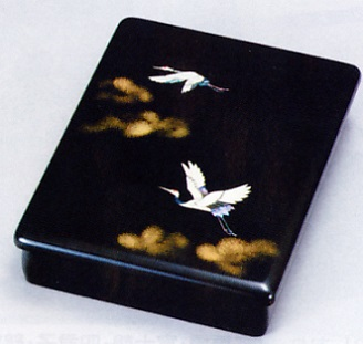 文具 置物■ 乱箱 雲に鶴貝入り ■木製 紙箱入【高岡漆器】