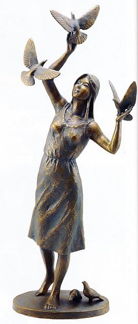 置物 銅像■ 鳩と少女 ■丸山幸一作 鋳銅製【高岡銅器】