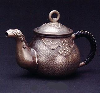 茶器・茶道具■ 純銀製 獣口急須 古び仕上 215g ■純銀製 桐箱入【高岡銅器】