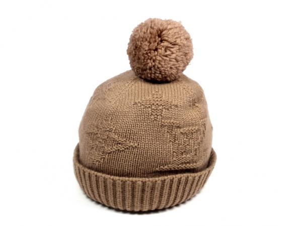 fb8805fbd52 Cashmere knit Cap bonbons with a Louis Vuitton knit hat women s women s hat  LV LOUIS VUITTON Louis Vuitton Louis Vuitton