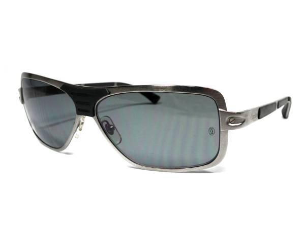 a6a2a4b7d2e7 Pilot sunglasses Cartier for the Cartier sunglasses screw motif Santos  rubber metal black black men gentleman ...