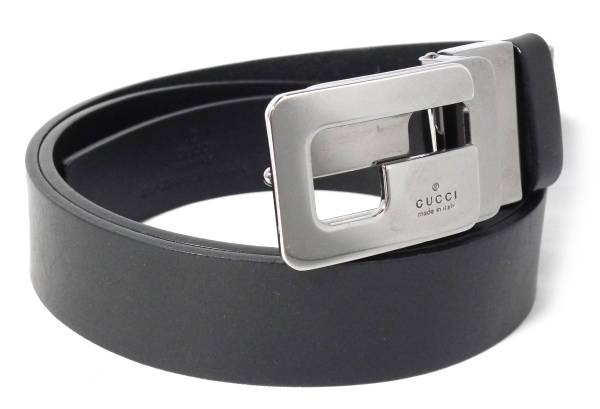 83b77b2620962c Leather GUCCI silver buckle leather belt G motif for the Gucci belt men  black black G ...