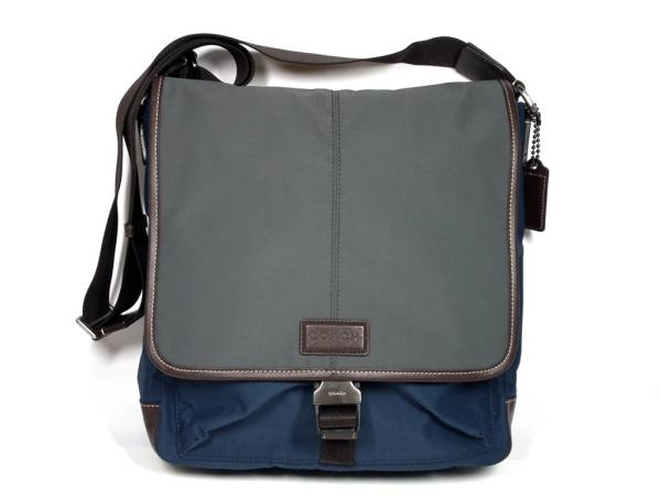 ab3eda795f93e6 Take coach shoulder bag messenger bag F70833 slant as well as a new  article; ナイロンレザーネイビーグレーメンズヴァリック COACH