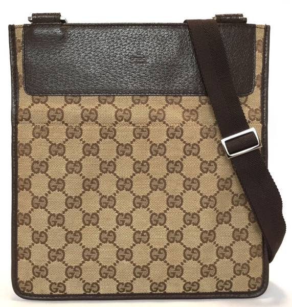 5e91937a510e Take the slant that there is no like-new Gucci GG canvas shoulder bag 27639  ...