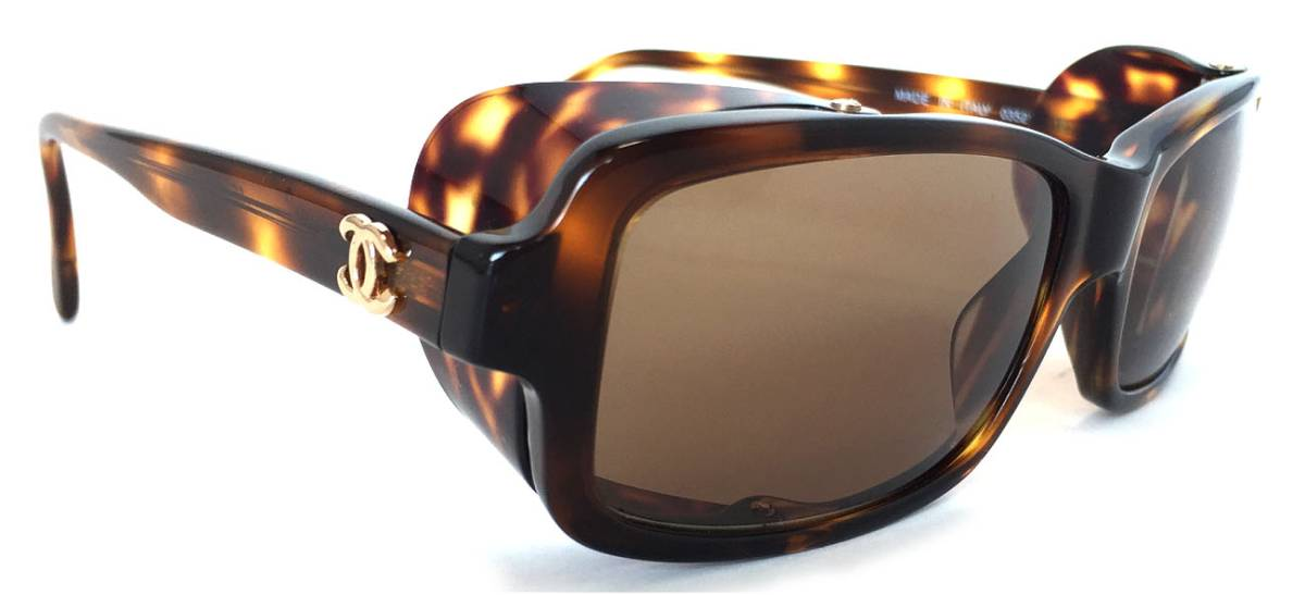 198ce904ea90 Chanel antique sunglasses side cover 03521 Lady s here mark CHANEL brown +  is nostalgic