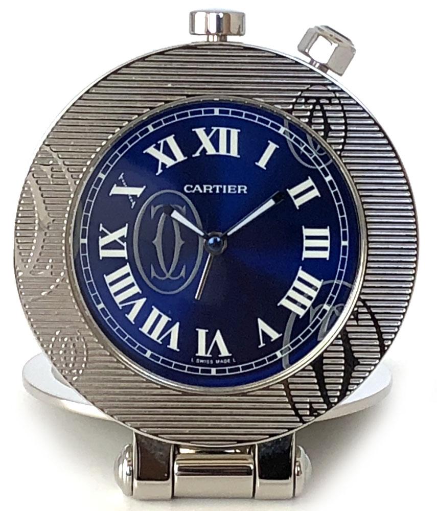 新品同様 カルティエ テーブルクロック 置き時計 時計 Cartier トラベルウォッチ アラーム付 メンズ レディース 置時計 青文字盤 ハッピーバースデー シルバー 【中古】