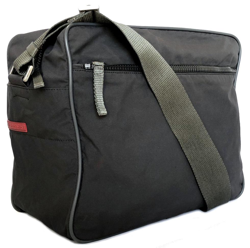 666588b2471446 I take Prada slant, and shoulder bag messenger bag nylon gray shoulder bag  Prada sports ...
