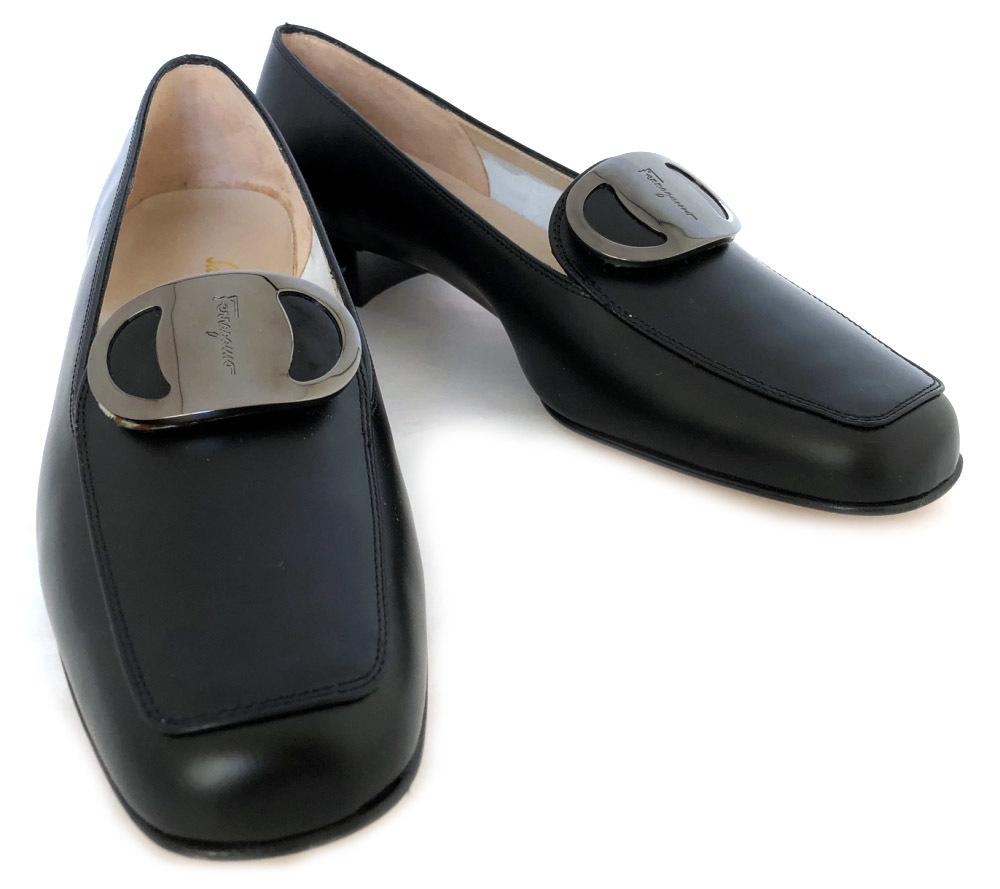 b919438faeb75 Formal Ferragamo shoes Salvatore Ferragamo for the unused  フェラガモレザーパンプスヴァラカーフマットレザー FRUIT black black 6 half 6 1 2 Lady s shoes woman