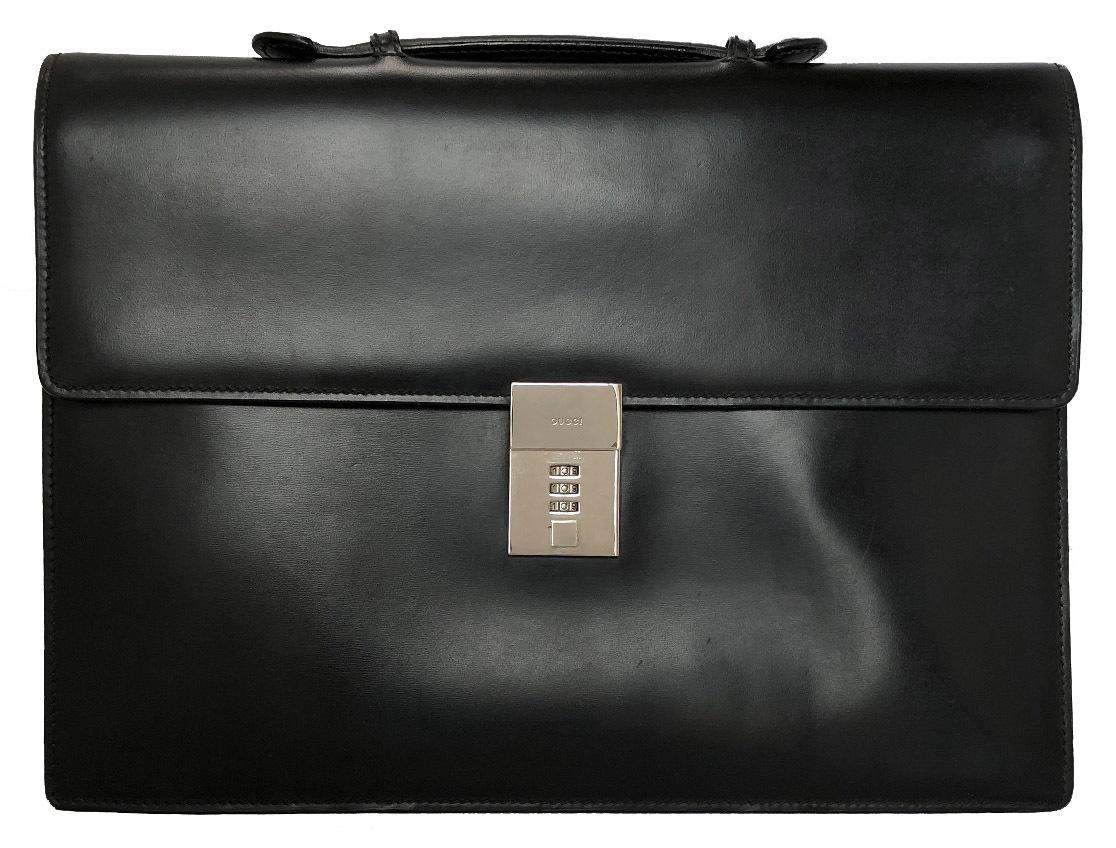 グッチ ビジネスバッグ ブリーフケース レザー 書類鞄 ブラック 黒 ダイヤルロック マットレザー 通勤バッグ 書類かばん GUCCI メンズ 紳士用 【中古】