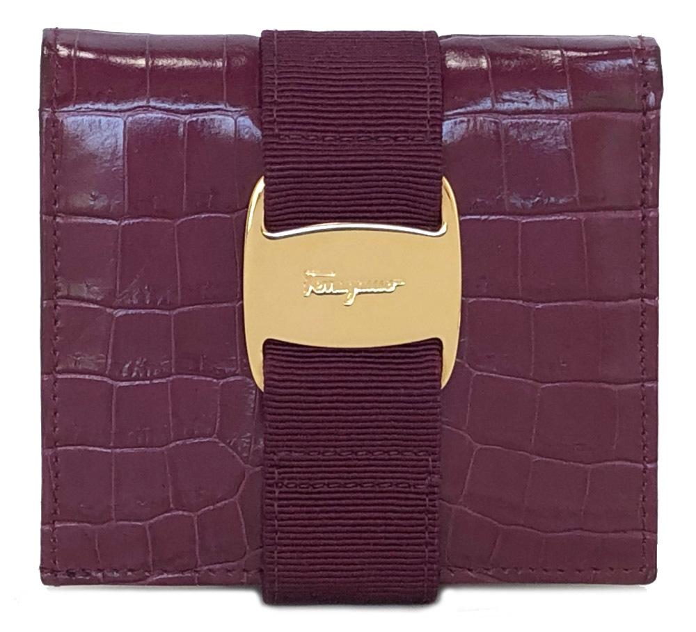 フェラガモ 財布 二つ折り パープル ヴァラ リボン 紫 レディース クロコ 型押し 二つ折り財布 型押しレザー ゴールド金具 FERRAGAMO Salvatore Ferragamo 【中古】