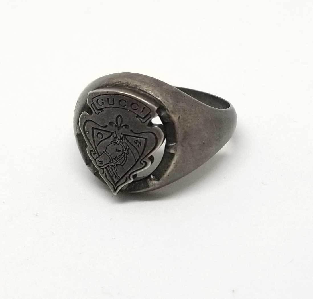 グッチ リング 指輪 クレスト 紋章 25 約24号 メンズ SV925 ヴィンテージ加工 GUCCI シルバー 【中古】