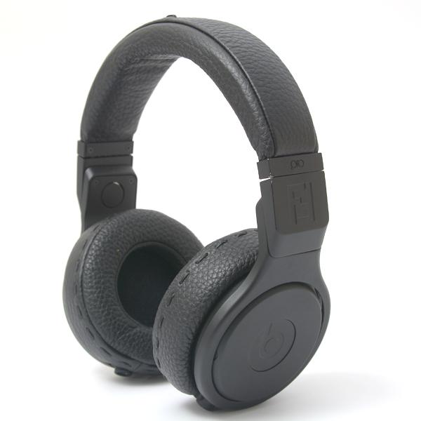 フェンディ/FENDI/ビーツ・バイ・ドクター・ドレー(Beats by Dr. Dre)コラボ ヘッドフォン ヘッドホン カーフ ブラック 7AR435【中古】