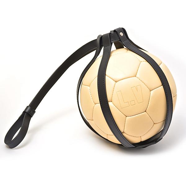 ルイヴィトン Louis Vuitton ヌメ革 2018年ワールドカップ記念 サッカーボール【中古】