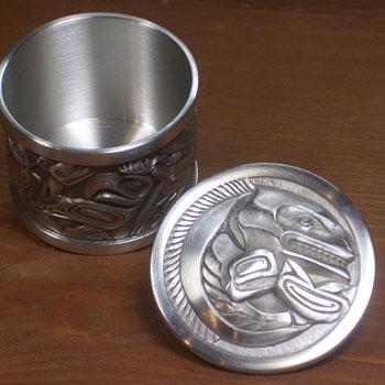 ネイティブ ギフトボックス カナダ 先住民 インディアン BOMA製 [ ROUND SALMON PEWTER BOX ] サーモン鮭 小  送料無料