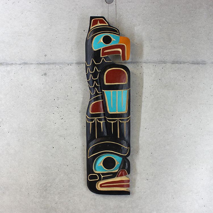 カービング タペストリ 木彫刻 アート 壁掛 カナダ 先住民 ネイティブ インディアン [EAGLE /WILDMAN] SQUAMISH スクアミッシュ族 Cody Mathias