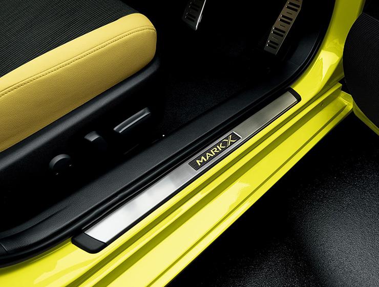 【純正】GRX130系 マークX Yellow Label ステンレス製 ドアスカッフプレートイエローレーベル トヨタ マークX 【1万円以上送料無料対象外】