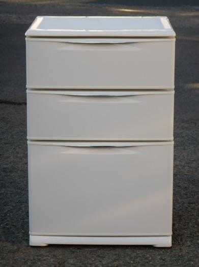 2010年製 サンヨー 引き出し式 冷凍庫 HF-12RU 118L 3段 冷蔵 チルド 冷凍 切替 ドロワー W596D596H895mm 44kg【中古】