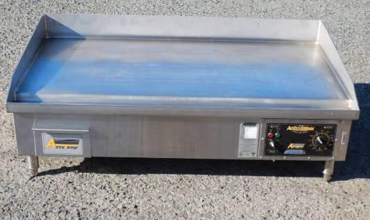 2013年製 2 AccuTemp社 電気 スチーム グリドル EGF3B48 200V 焼面W120D60cm パンケーキ 均一焼成 AccuSteam (西濃営業所止) 鉄板 銅板 【中古】