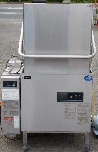 2007年製 サンヨー DW-DR53UG 食器洗浄機 LPガス 100V W87D69(7)H143cm ドアタイプ 50ラック 約110kg(西濃営業所止め)【中古】