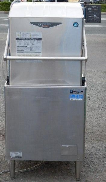 2010年製 ホシザキ JWE-680UA 60Hz (西日本) 食器洗浄機 3相200V W640D655H1432mm ドアタイプ 105kg(西濃営業所止め)【中古】【店頭受取対応商品】