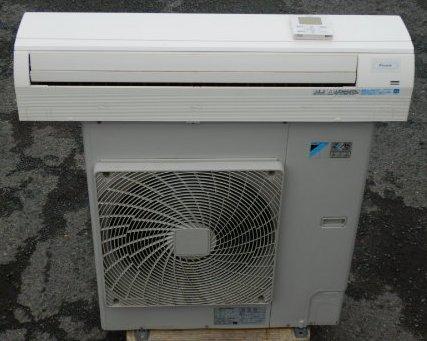 2014年製 SZYA112CB ダイキン 業務用エアコン ZEAS 壁掛形 4馬力 シングル 標準型 3相200V ワイヤードリモコン(個人宛配送不可)【中古】【店頭受取対応商品】
