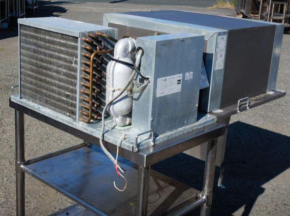1 2013年製 日立 プレハブ 冷蔵 ユニット RU-R10MF1 中温 1馬力 上置 1坪 用 (~1.5坪) -5~+15度 3相200V 43kg W1050D665H330mm【中古】【店頭受取対応商品】
