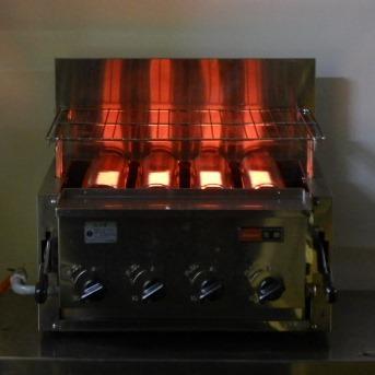 【中古】2009年製 リンナイ RGA-404C LPガス 下火式 赤外線 グリラー W58D58H31cm プロパン 焼き網新品 9.5mmゴムホース接続 4バーナー 27kg【店頭受取対応商品】