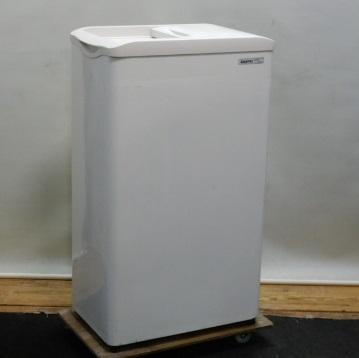 【中古】2005年製 サンヨー 冷凍 ストッカー SCR-S42 アイス 小型 W52D34H87cm 42L チェスト フリーザー 冷凍庫