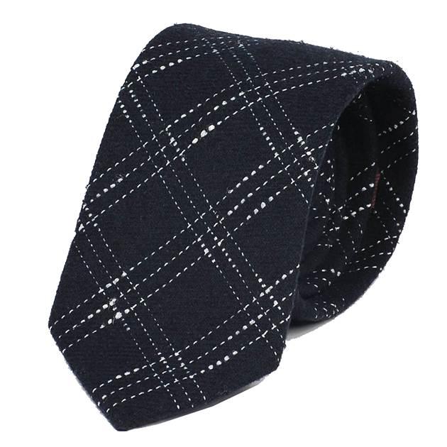 ウールタッチの毛織ネクタイで触り心地が温かい感じのネクタイ ゆうパケット発送可 ネクタイ ネイビー 紺色 送料無料お手入れ要らず スティッチ 着後レビューで 送料無料 大剣幅 ウールタッチ 8.5cm チェック ntm6107 毛織