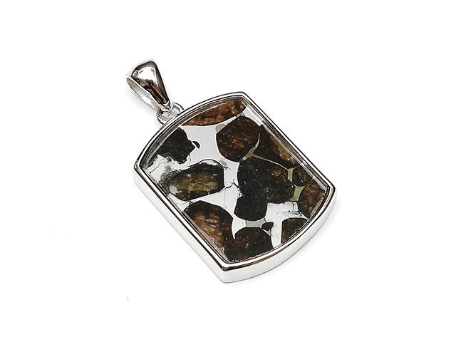 ケニア産 パラサイト セリコ隕石 ペンダントトップ 24×17mm No.630【1点もの】