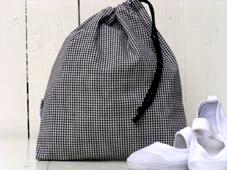 小学校シューズ入れ 着替え袋などに 送料無料 片絞り巾着袋 横26×縦29センチ エプロン入れ メーカー在庫限り品 シューズ入れ メーカー直送 体操服入れ 着替え袋