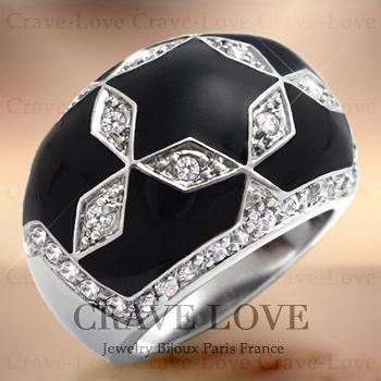 ブラック スター パヴェ リング/指輪/星形/Black Star/ 黒色 / キュービックジルコニア(ダイヤモンド色)プラチナシルバー色 / 星の指輪 / ボリューム感のある、幅広の エナメル レディース リング。【 Crave-Love コスチューム ジュエリー 】