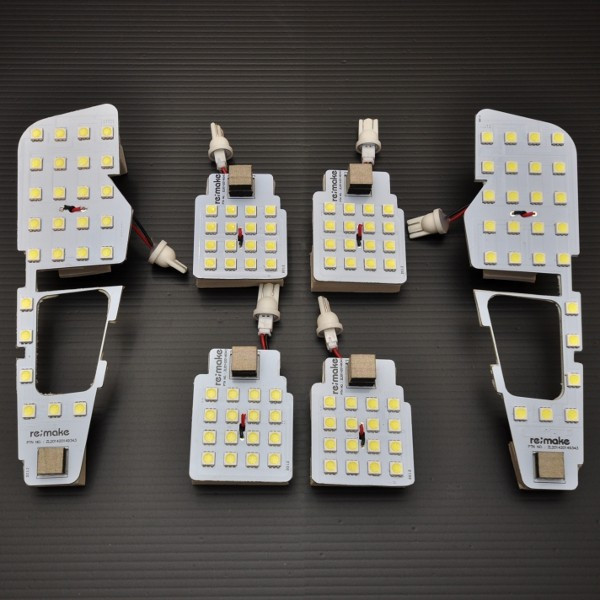 トヨタ アルファード 30系 無段階調光機能!LEDタッチルームランプ