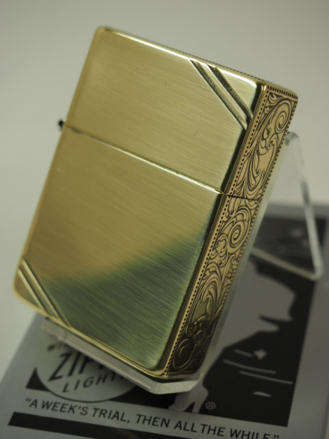 Zippo writer: 3 barrels of Zippo 1935 replica arabesque side three  arabesque sculptures outside hinge 1935DL 3FA-BS die chin null line Brass ★