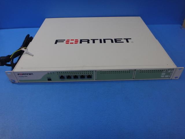 【中古】【ライセンス期限切れ】FortiWeb-400C Fortinet UTM【ビジネスホン 業務用 電話機 本体】