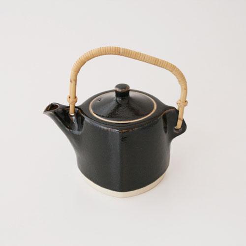 孢子囊群 Yanagi / 西出窯 / 黑瓶、 茶壺和茶壺 [流亡西方窯 / 茶壺,茶壺,茶壺,孢子囊群 Yanagi]