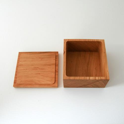 正方形のバターケース