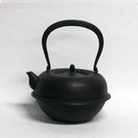 【¥100クーポン】南部鉄瓶/釜定/羽根付糸目