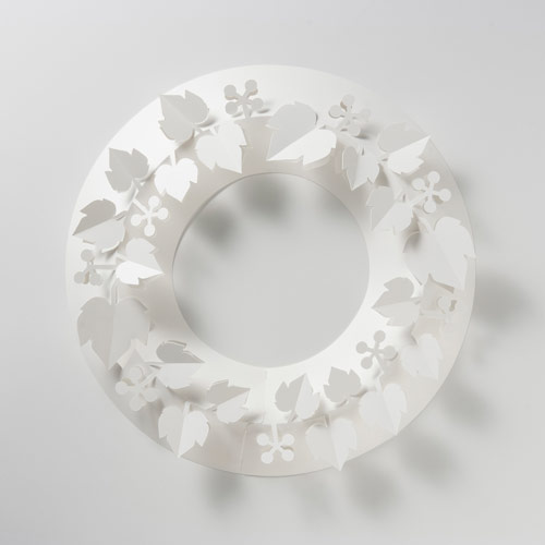 paper wreath White Christmas Wreath and Grapevine S 02P28oct13