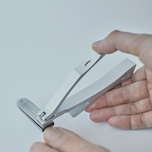 Designshop: Griff Nail Clippers / Turn Type / Nail File