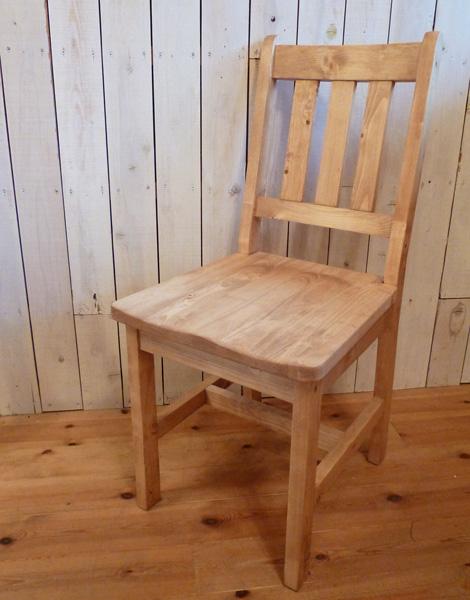 [カントリー家具] 木製チェアー(椅子 チェアー いす イス)【送料無料】 アンティーク デザイン家具 おしゃれ パイン材 [完成品]木製 ナチュラル カントリーテイスト フレンチカントリー モダン 無垢