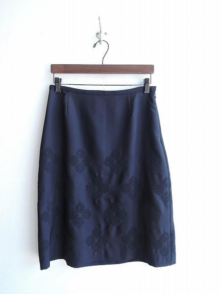 ミナペルホネン mina perhonen hana beadsウールシルク刺繍使いスカート 38【中古】【62C81】【高価買取中】【店頭受取対応商品】