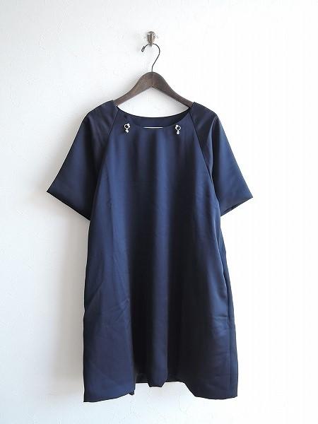 【美品】 プティローブノアー petite robe noire ビジュー付きサテンワンピース F【中古】【高価買取中】【店頭受取対応商品】