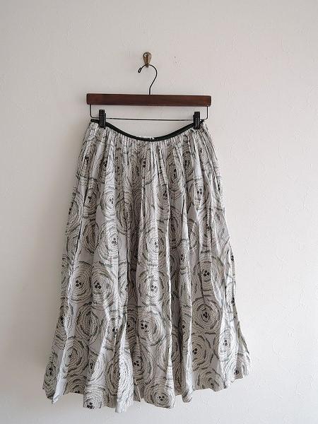 ミナペルホネン mina perhonen pirouette リネンプリントスカート 36【中古】【40F81】【高価買取中】【店頭受取対応商品】