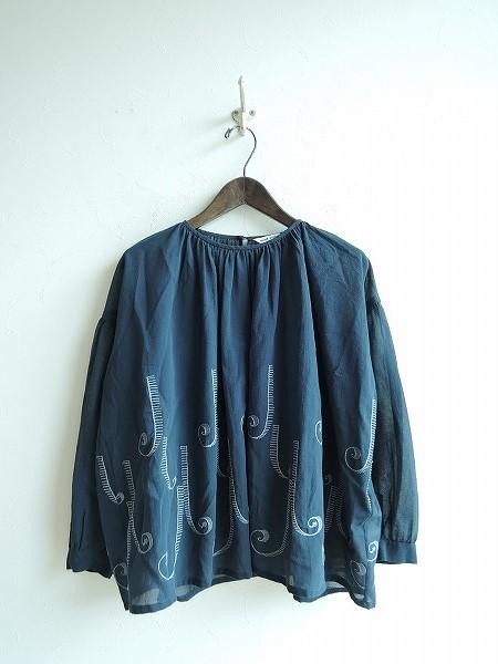 ミナペルホネン mina perhonen coda 刺繍ブラウス 38【中古】【02F81】【高価買取中】【店頭受取対応商品】