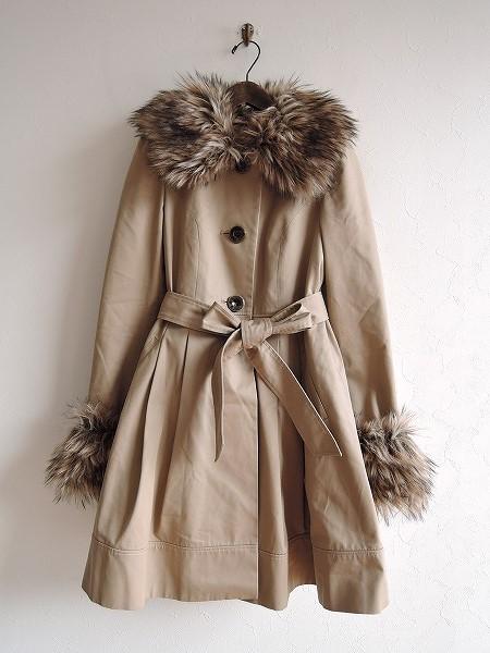 ロイスクレヨン Lois CRAYON フェイクファーバックリボンツイルコート M【中古】【11A91】【高価買取中】【店頭受取対応商品】