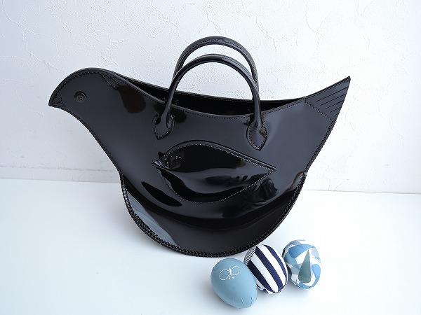 ミナペルホネン mina perhonen tori bag エナメルとりバッグ ブラック【中古】【80B91】【高価買取中】【店頭受取対応商品】
